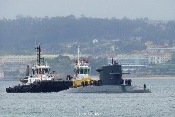 """El submarino HNLMS """"Zeeleeuw"""", a su llegada a A Coruña"""