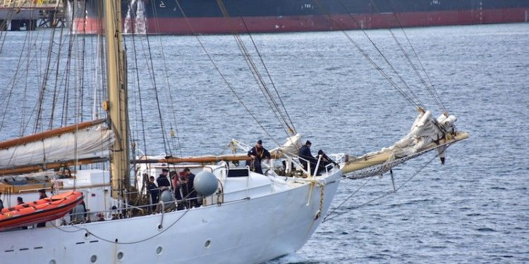 HMS GLADAN7