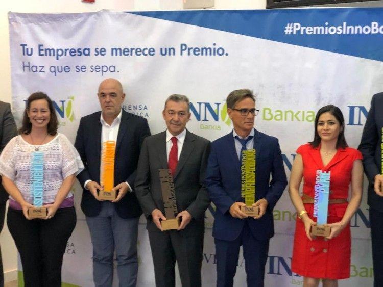 Paulino Rivero recogió el premio concedido al Grupo Armas Trasmediterránea