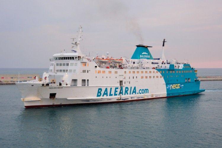 Balearia fomenta la formación y el empleo para sus barcos en las líneas de Marruecos