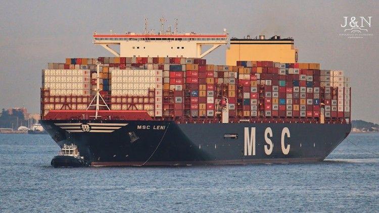 """El buque """"MSC Leni"""", a su llegada al puerto de Algeciras"""