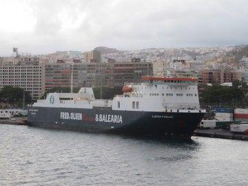 """El buque colón """"Clipper Pennant"""", en una escala en el puerto de Santa Cruz de Tenerife"""