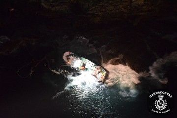 Imagen tomada desde un helicóptero del servicio de Gardacostas de Galicia