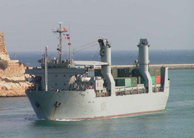 """Estampa marinera del buque logístico """"El Camino Español"""""""