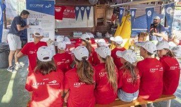 Los niños del Club de Vela de Tenerife, en la sesión informativa