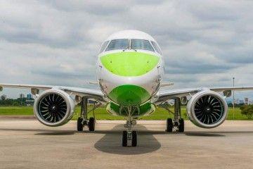 Vista de morro del primer avión Embraer E195-E2