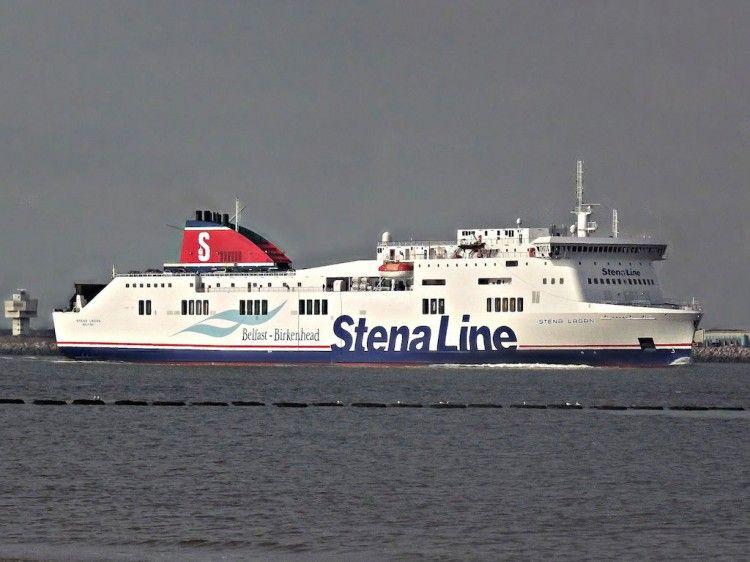 El accidente se produjo en el buque que cubre la línea de Birkenhead