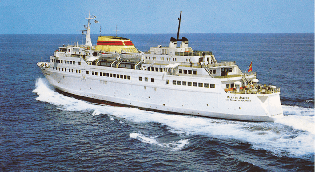 """El ferry """"Villa de Agaete"""", recién llegado a Canarias"""