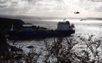 """El buque """"Blue Star"""", en la situación en que se encuentra"""