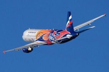 Airbus A320 de Aeroflot tras despegar del aeropuerto de Barcelona