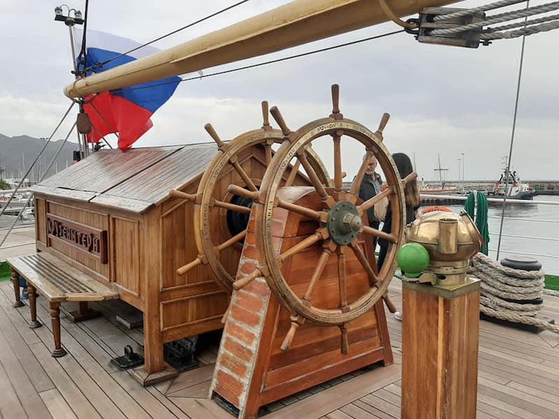 """Timonera del buque-escuela ruso """"Kruzenshtern"""""""