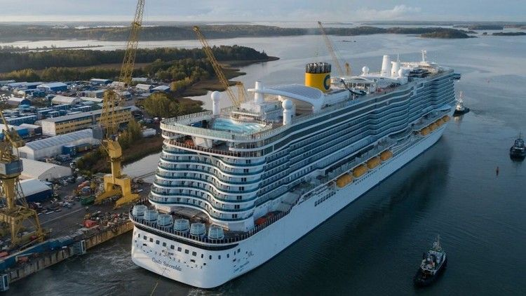 """El buque """"Costa Smeralda"""" zarpará mañana hacia Barcelona"""