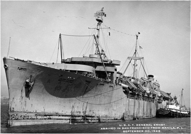 """El buque """"USS General Oswald G. Ernst"""", en San Francisco (septiembre de 1946)"""
