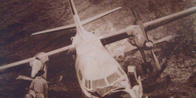 El avión cayó por el talud de la cabecera norte
