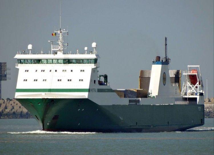 """Este es el buque rolón """"Mistral"""", fletado por Balearia"""