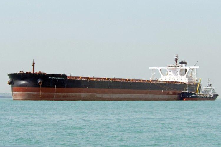 """El buque """"Pacific Merchants"""", uno de los mayores granelemos del mundo"""