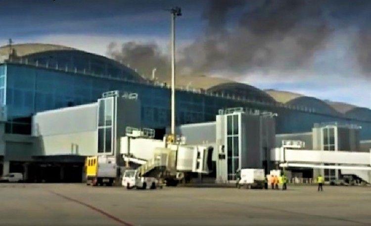El incendio afectó a una parte de la terminal del aeropuerto de terminal de Alicante