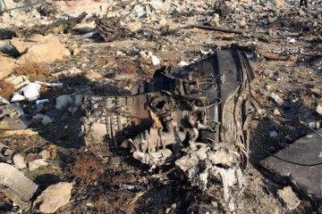Restos del avión B-737 de UIA derribado en Irán