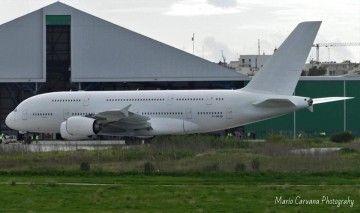 El primer A380 de Air France llegó a Irlanda para su desguace