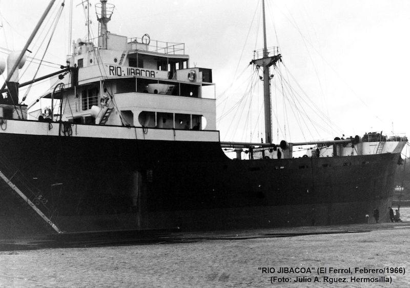 """Superestructura central del buque """"Río Jibacoa"""""""