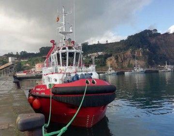 """Vista de proa del nuevo remolcador """"Bab Almarsa"""""""""""