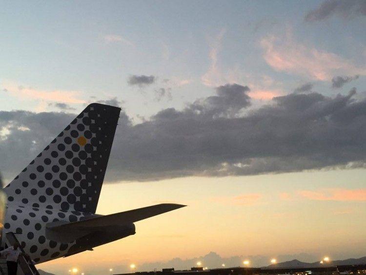 Vueling recorta la oferta de plazas para volar a Italia