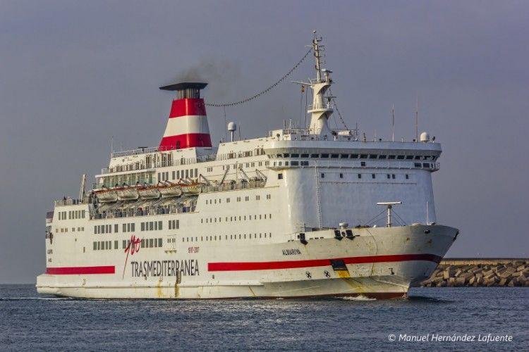 """El ferry """"Almariya"""" cubre la línea Almería-Nador"""