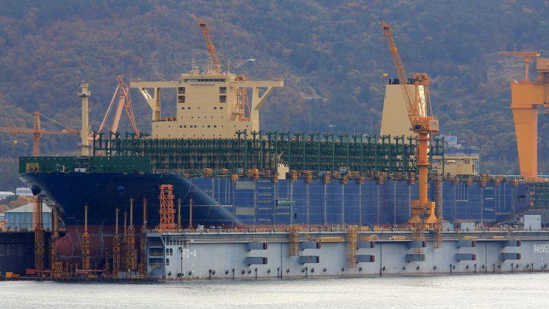 """El """"HMM Algeciras"""" será el barco containero más grande del mundo"""