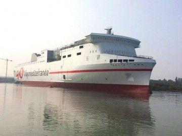 """El buque """"Ciudad de Valencia"""" se encuentra en fase de armamento a flote"""