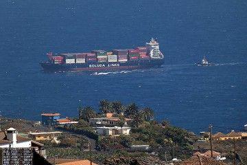 """El buque """"Josita B"""", aproximándose a Santa Cruz de La Palma"""