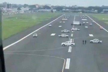 Invasión de la pista de vuelo del aeropuerto de Guayaquil