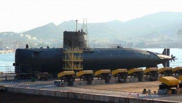 """El submarino """"Mistral"""", en obras durante su cuarta gran carena"""