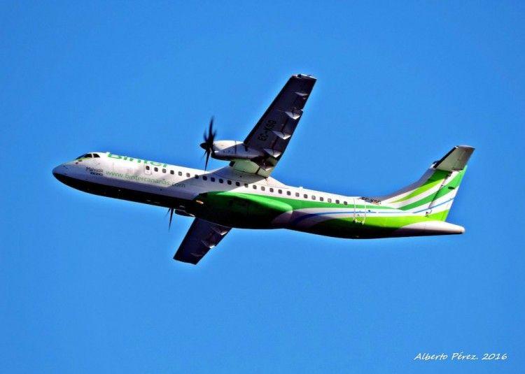 Binter cubre el transporte aéreo mínimo decreto por el Gobierno