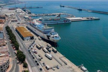 Panorámica del puerto de Motril