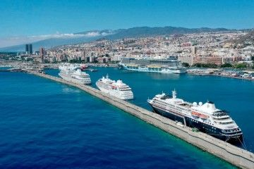 Los tres buques de Silversea Cruises, en una panorámica aérea