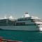"""El buque """"Silver Shadow"""", en una escala de agosto de 2002 en el puerto tinerfeño"""