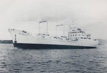 """El buque """"Lago San Mauricio"""", en sus pruebas de mar"""