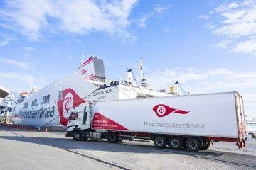 Naviera Armas Trasmediterránea garantiza el abastecimiento