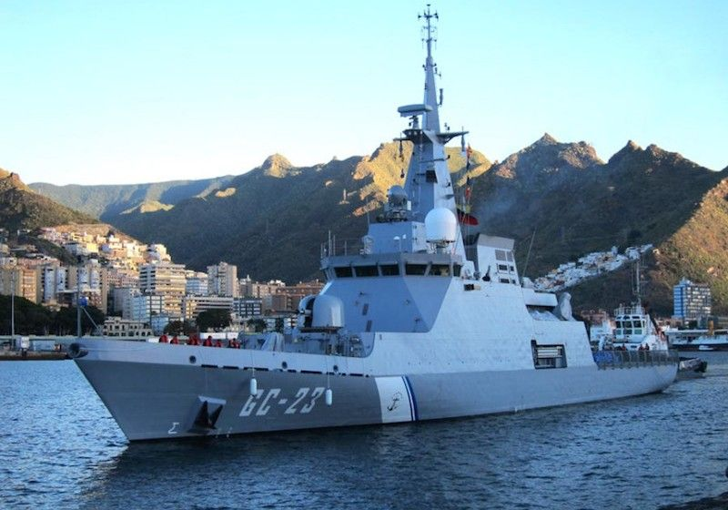 """El patrullero """"Naiguatá"""", en Santa Cruz de Tenerife, cuando iba en viaje de entrega a su país"""