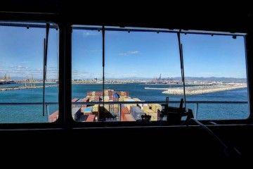 Más de 150.000 tripulantes en todo el mundo esperan relevo a bordo de sus barcos
