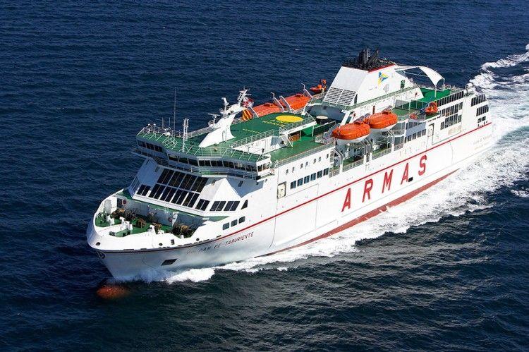 "El ferry ""Volcán de Taburiente"" va a la varada anual"