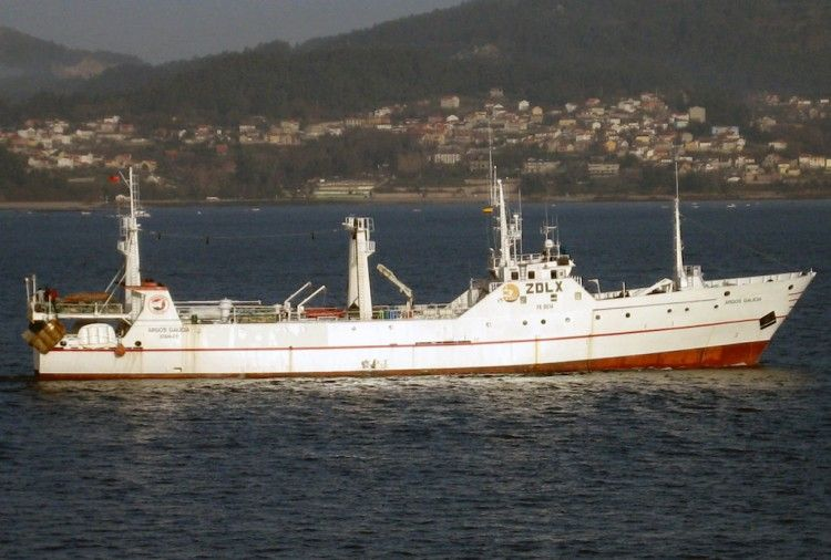 """Desde 1993, el pesquero """"Estai"""" navega con el nombre de """"Argos Galicia"""""""