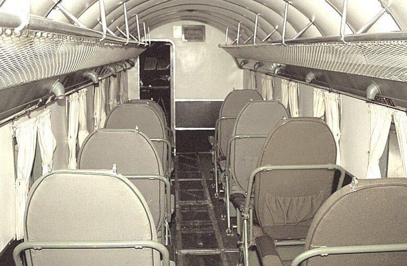 Cabina de pasaje del avión Douglas DC-2