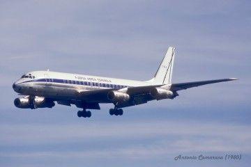 Douglas DC-8 serie 52 del Ejército del Aire (T15.2), con la librea parcial de Aviaco