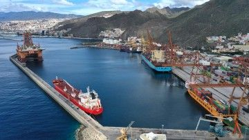 Panorámica del dique del Este del puerto de Santa Cruz de Tenerife