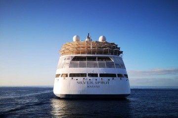 """Vista de popa del buque """"Silver Spirit"""", fondeado al resguardo de Anaga"""