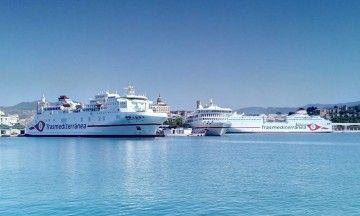 """""""Juan J. Sister"""", """"Villa de Teror"""" y """"Ciudad Autónoma Melilla"""", atracados esta mañana en el puerto de Málaga"""