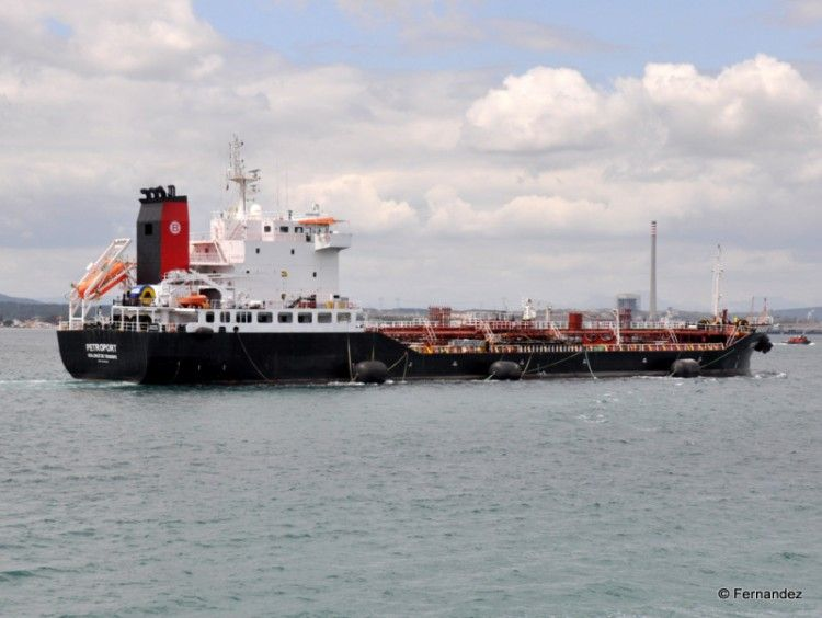 """""""Petroport"""", uno de los petroleros de Boluda Tankers"""