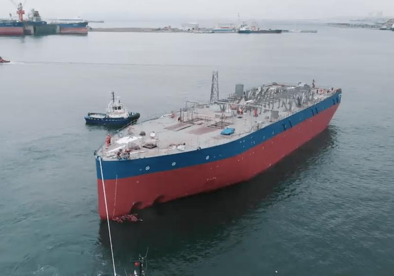 """El casco del buque """"Blue Eagle"""", tras su botadura"""