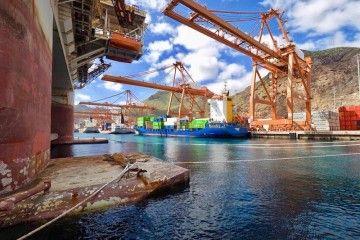 Perspectiva de la Dársena del Este del puerto de Santa Cruz de Tenerife